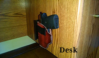 Wide Desk Gun Mount